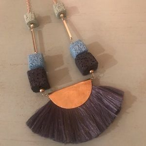 Cute fringe necklace ~ turquoise blue/gray & gold